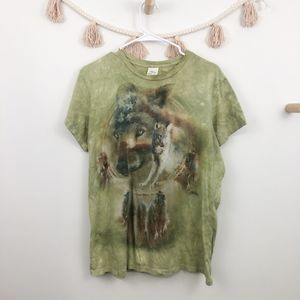 The Mountain Green Native Wolf Graphic Tee